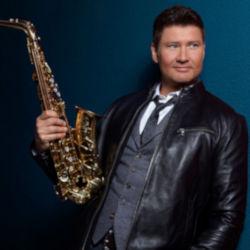 Michael Lington Oleg Artist and Endorser